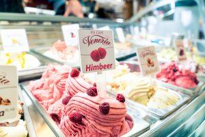 Eiscafe Venezia - Himbeer Eis